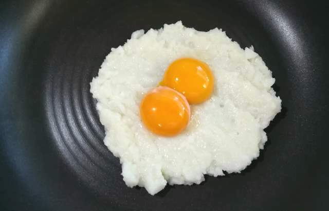 にんにくと卵黄