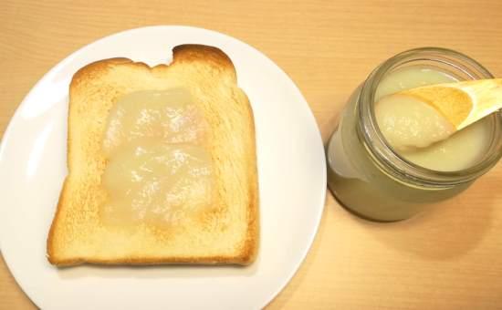 にんたまジャムとトースト
